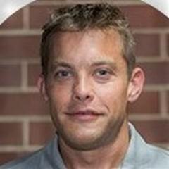 headshot for Brett Smith