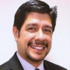 headshot for Clifford Vazquez