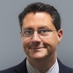 headshot for Dan Sterk