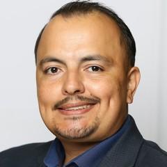 headshot for Francisco Ruiz
