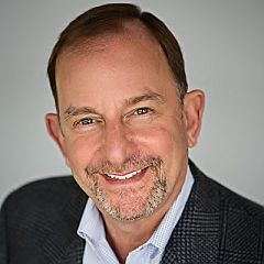 headshot for Howard Berger