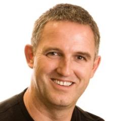 headshot for Iain Gillott
