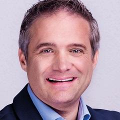 headshot for Martin Villeneuve