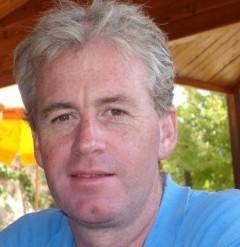 headshot for Neil Lumsden