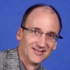 headshot for Steven Shinn