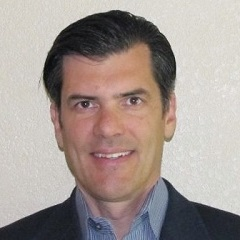 headshot for Todd Huebsch