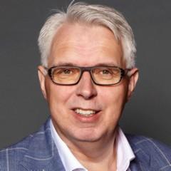 headshot for Erik Ubels